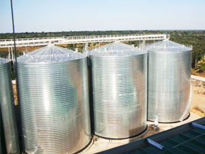 Steel frame base flour storage silo
